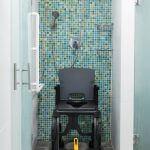 travel shower chair with wheels - lightweight shower chair
